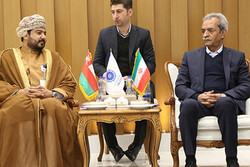 'Iran, Oman can fulfill $5 billion bilateral trade volume by 2020'