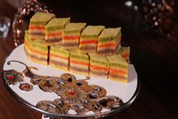 آماده راه اندازی میز تخصصی شیرینی سنتی در قزوین هستیم