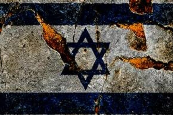 """قلق """"إسرائيلي"""" بسبب مشابهة طائرة إيرانية لطائرة """"إسرائيلية"""""""