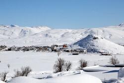 ارتفاع برف در کوهرنگ به ۲۵ سانتی متر رسید