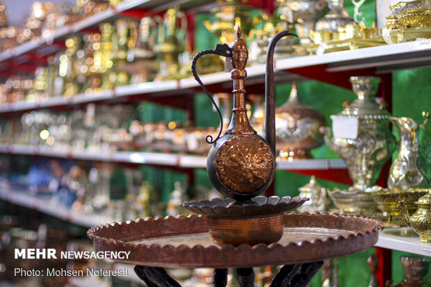 4th national handicraft expo wraps up in S. Khorasan