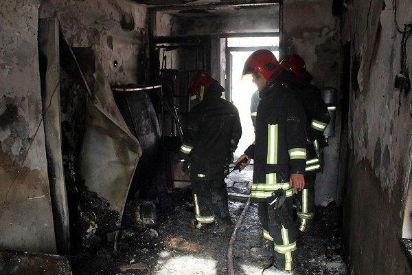 مهار آتشسوزی در انبار تراورس های قدیمی خطوط ریلی فولاد خوزستان