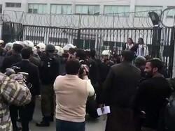 پاکستانی وکلاء کا اسپتال پر حملہ