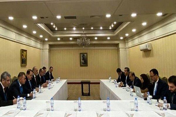 دیدار هیأتهای سوریه و ایران در حاشیه مذاکرات آستانه