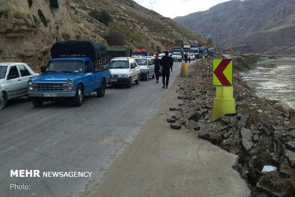 جاده خرمآباد- پلدختر بسته شد