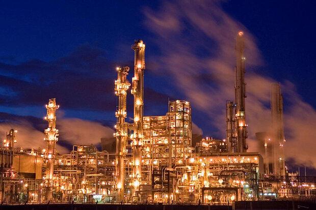 کاهش میزان نفت خام ورودی به پالایشگاههای آمریکا در هفته اخیر