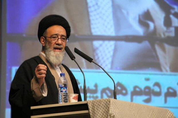 بیانیه گام دوم انقلاب، بازگشت به مکتب انقلاب اسلامی است