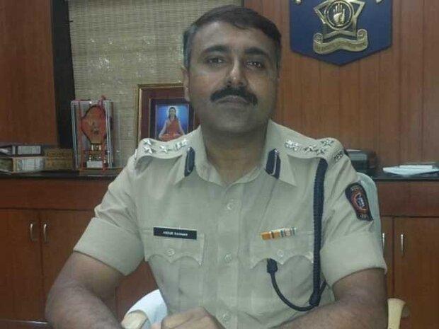 بھارت میں مسلم مخالف بل پر احتجاج کرتے ہوئے اعلی پولیس افسر عہدے سے مستعفی