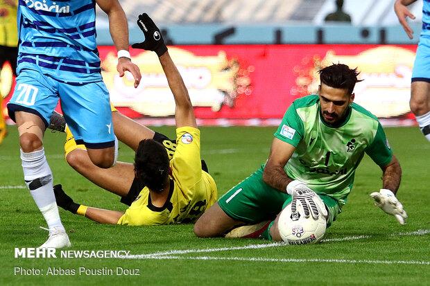 Sepahan beats Paykan, goes to top of IPL