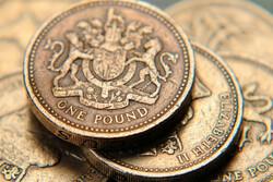 پوند و سهام انگلستان پس از پیروزی قاطع نخستوزیر جهش کردند