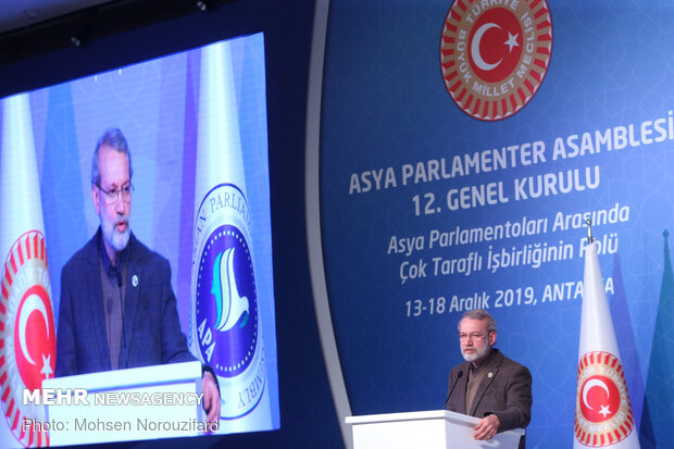 Larijani calls for establishing mechanism to support Asian transactions, treaties