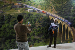 Tahran'da 4. Uluslararası Taşımacılık Fuarı açıldı