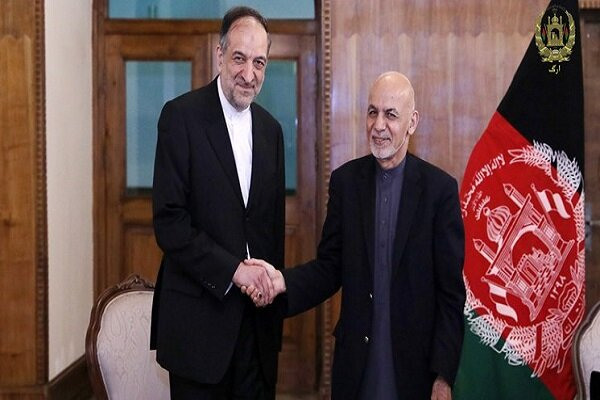 New Iranian envoy to Afghanistan submits credentials to Ghani