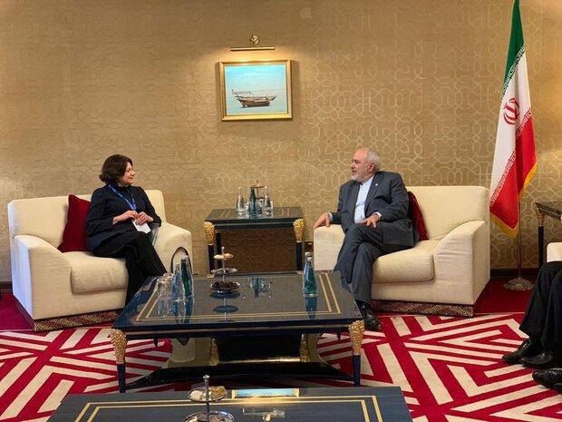 ظريف يلتقي بوكيلة الأمين العام للأمم المتحدة في الشؤون السياسية