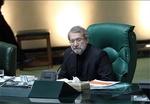 لاريجاني يدعو الحكومة لتطبيق قانون للحد من تلوث الجو في طهران