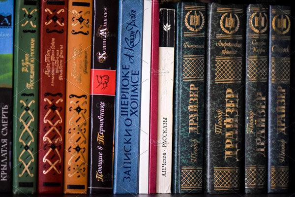 بازار کتابهای اورجینال تقریبا تعطیل است/دستگاهها کنار کشیدهاند