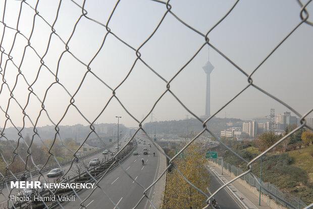 سایه هوای ناسالم همچنان بر آسمان پایتخت سنگینی می کند