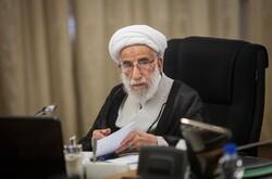 اظهارات «روحانی» علیه شورای نگهبان خلاف قانون اساسی بود/ دولت در راستای رفع گرانی بکوشد