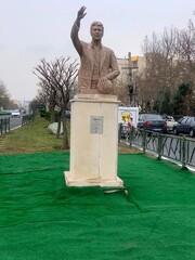 Legendary goalkeeper Nasser Hejazi's bust unveiled in Tehran