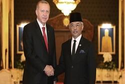 Erdoğan Malezya Kralı Sultan Abdullah ile görüştü