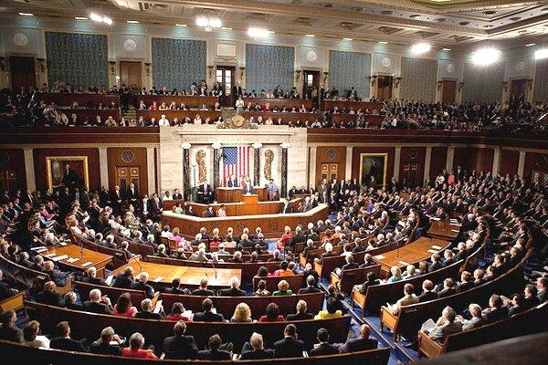 امریکی ایوان نمائندگان نے ٹرمپ کے اختیار کو محدود کرنے کی قرارداد منظور کرلی