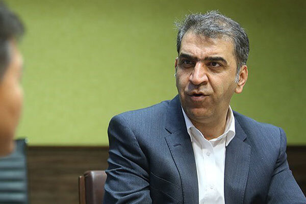 پهلوانزاده: نه محکوم به استعفا شدهام و نه مهلت خواستهام