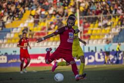 Persepolis 1-0 Pars Jam: IPL day 16