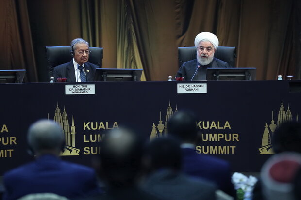 Rouhani invites Islamic states to cooperate to create powerful Islamic world