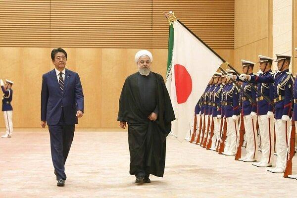 Cumhurbaşkanı Ruhani Tokyo'da resmi törenle karşılandı