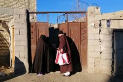 توزیع ۱۲۰۰ بسته شب یلدا بین خانوادههای نیازمند مناطق زلزله زده سراب