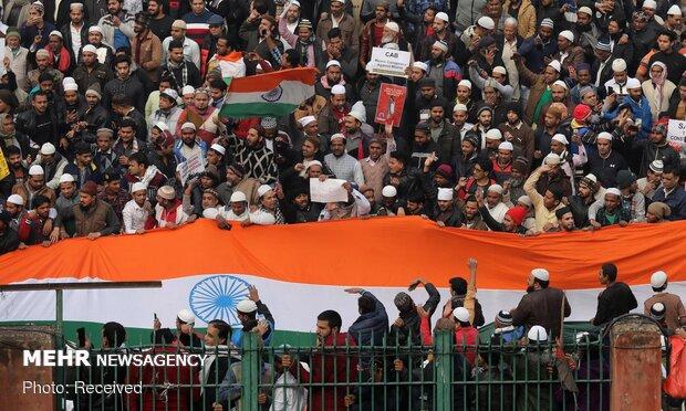 ۱۴ کشته در اعتراضات هند