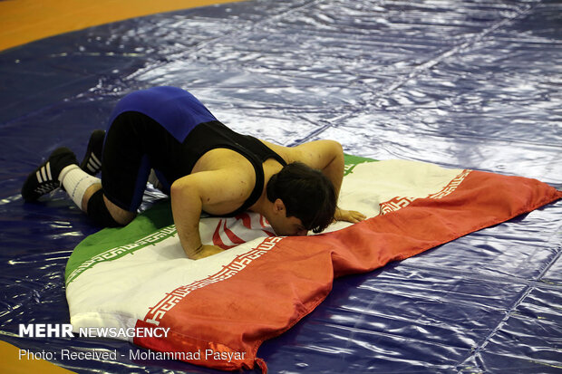 مسابقات لیگ کشتی آزاد خردسالان فارس در لارستان