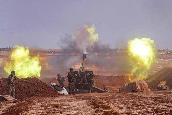 آتش سنگین ارتش سوریه علیه مواضع تروریستها در حومه لاذقیه و حلب