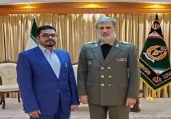 Iranian defense minister, Yemeni envoy discuss ties in Tehran