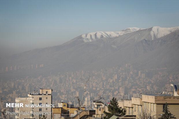 شاخص ۱۴۷ در سومین روز تعطیل پایتخت/ هوای تهران ناسالم است