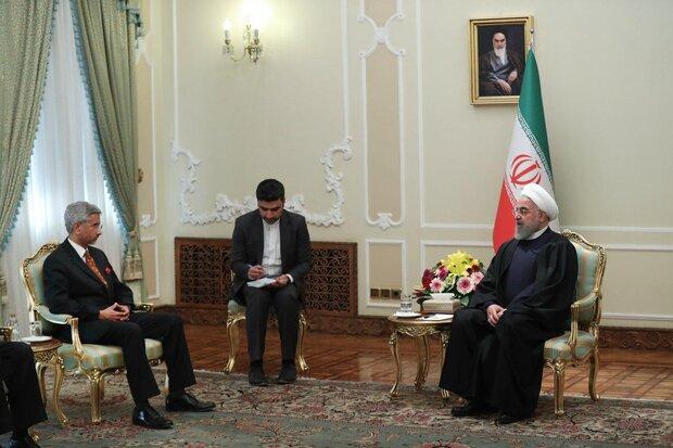 Hindistan Dışişleri Bakanı Tahran'da Cumhurbaşkanı Ruhani ile görüştü