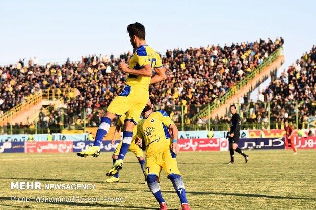 اتفاق تلخ در لیگ فوتبال/ مدافع پیشین تیم ملی ایران کتک خورد