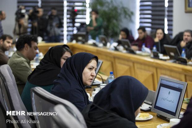 خانم قربانی خبرنگار خبرگزاری مهر در نشست خبری رئیس بنیاد مستضعفان انقلاب اسلامی