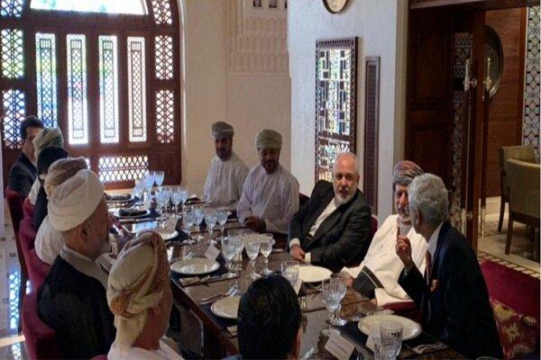 وزرای خارجه ایران و هند در ضیافت ناهار «بن علوی» شرکت کردند