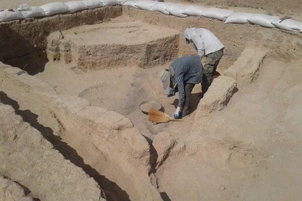 کشف کتیبه تاریخی دوران اسلامی در شهرستان سمیرم