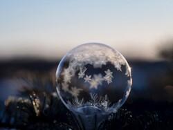 لقطات جملية من ذرات الثلج