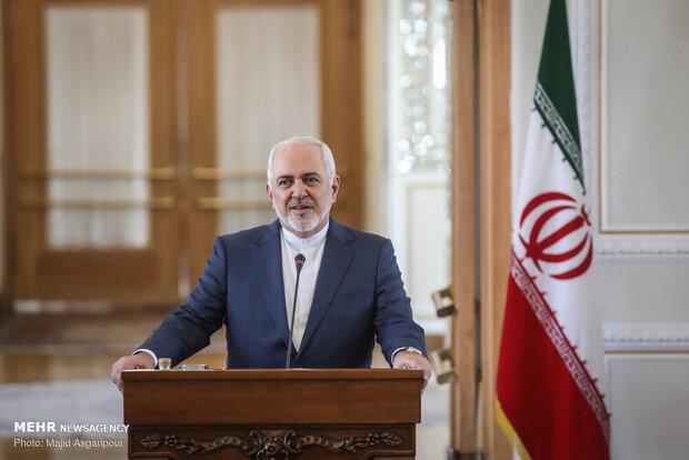 Iran-Venezuela defense coop. 'totally legitimate': Zarif