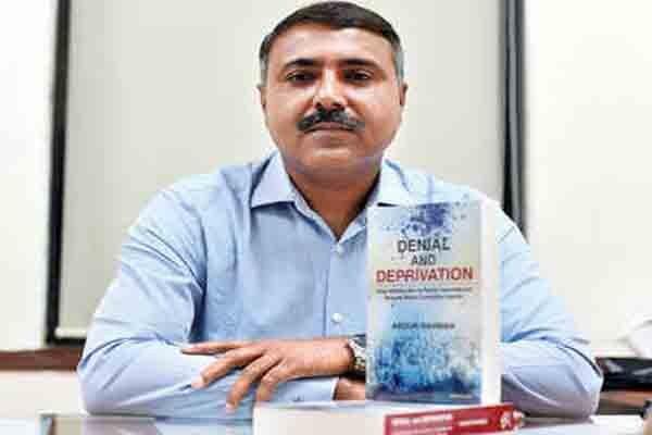 طرد شدن مسلمانان هند موضوع کتاب افسر ارشد پلیس این کشور