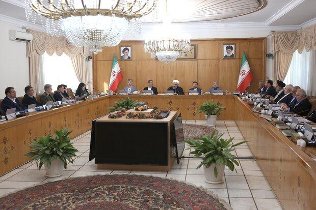 آئیننامه توسعه صنایع پایین دستی نفت خام و گاز تصویب شد