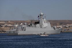 وصول بارجتين حربيتين لروسيا والصين الى ميناء جابهار لإجراء مناورات بحرية/فيديو