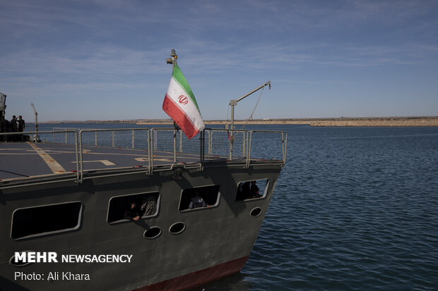 Iran ready to share military tactics with Caspian Sea states
