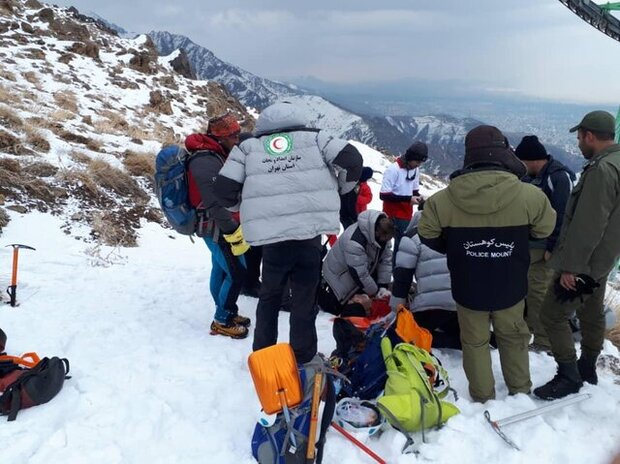 Mountaineer killed in avalanche in Tehran