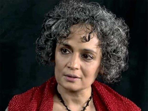بھارتی پولیس گھروں میں گھس کرمسلمانوں کو بربریت کا نشانہ بنا رہی ہے