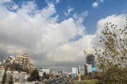 طهران تتنفس هواءاً طلقاً من جديد / صور