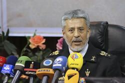 اقامة مؤتمر صحفي بحضور الأدميرال سياري بشأن المناورات الايرانية الأخيرة